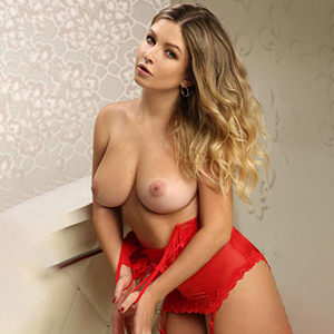 Mareika Arrange a professional lady with pleasure through Berlin escort mediation for house & hotel visits with lesbian games