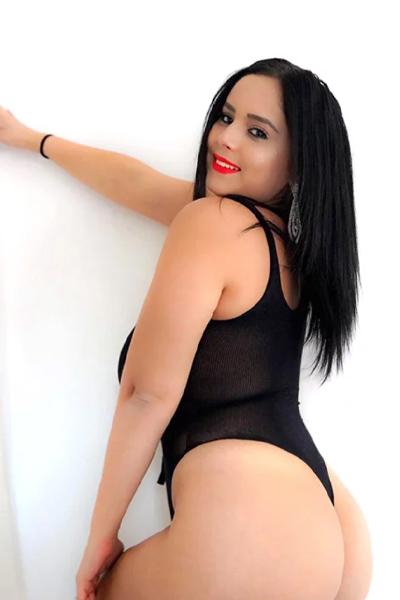 Mariolla VIP Class Ladie sensual through escort agency Berlin as a sex travel partner with deep kisses to meet with tongue