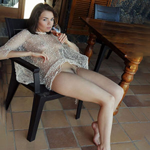 Zanett woman is looking for sex partners erotically through escort agency Berlin for meeting in the apartment with intercourse in straps & high heels make an appointment