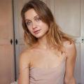 Anaya Escortladie delux über Berlin Escort Vermittlung Erotik Sex Anzeigen mit Gesichtsbesamung Terminvereinbaren