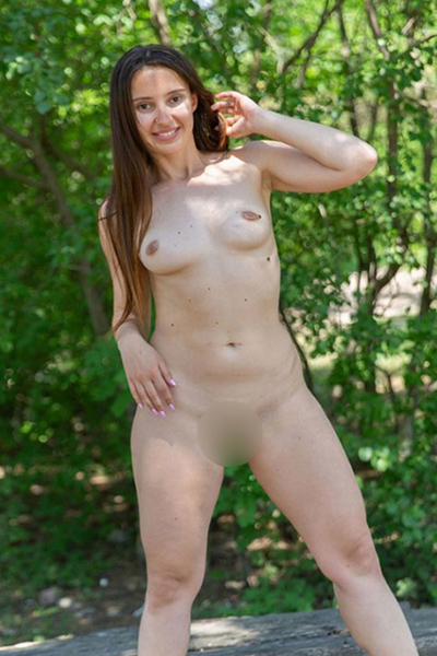 Ursula - Escort Lady from Berlin offers Anal Sex experience for Women looking for Men