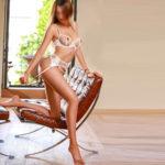 Aiga - Lustvolle Dominante Nymphomanin steht auf Sex Erlebnis