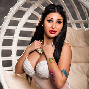 Ariana - Hobby Whore from Potsdam is greedy for hot Foot Erotic at an intimate Meeting
