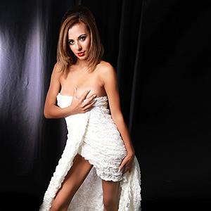 Dajana - Naturgeile Glamour Türkin Fusserotik Service in Privat Zimmer