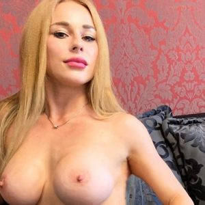 Erika - Petite Berlin 24 Years Woman Seeking Man Lesbian Games