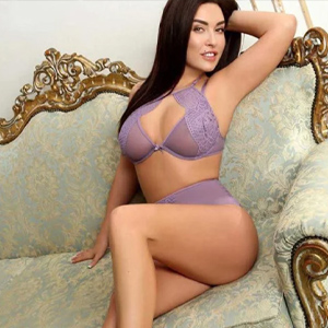 Gotty - Privatemodel in Hanau enchants with Intimate Foot Eroticism in Bed
