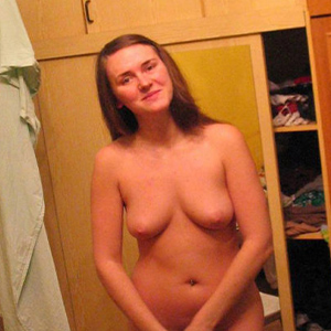 Inge - Hobby Hookers Berlin 22 Years Bi Sexual Pee