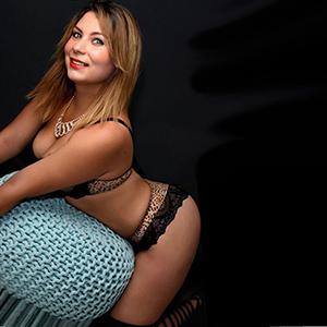 Ivon 2 - Polnische blondine liebt Anal Sex beim Yoga