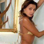 Jessy - Zierlich Berlin Spricht Englisch Kontaktanzeige Striptease