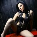 Johanna - Bisexuelle Top Escort Nutte verführt mit Striptease