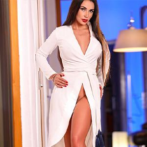 Justina - Mature Women from Berlin serves Surplus Men in Sex Ads