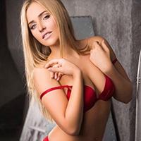 Karina - Call Girls in Krefeld sweetens the erotic Date with Egg Licking