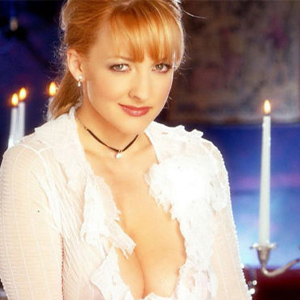 Katharina - Glamor Lady Berlin From Europe Date Likes Intimate Facials