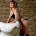 Kessy - Blondine sucht Perverse Sexkontakte im Escort Berlin Hotel