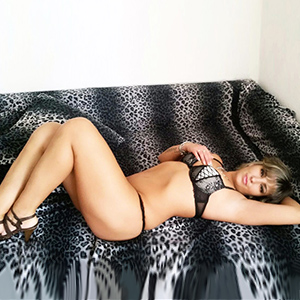 Linda - Anal Lady Brings You With Stripping To Cum In The Room