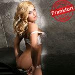 Loredana blondes Escort Girl aus Frankfurt bietet diskreten Sex Service