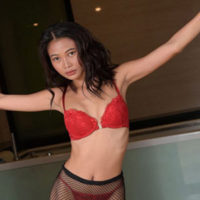Lotte - Asian Girl likes a wet Orgasm during the Escort Experience in Berlin