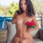 Manolja - Escort beguiles the Partner with a special Oil Massage in Berlin