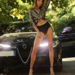 Melisa - Geile Escort Ladie aus Berlin gefällt Anal Sex bei Nacht im Auto