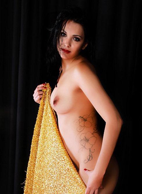 Nina - Top Models Berlin 21 Years of Tantra Massage Vibrator Games