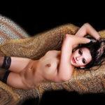Nina - Große zierliche Escort Nymphomanin bietet Haus Hotelbesuche
