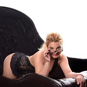 Patricia - Fetisches Hobbymodel mit runden hintern auf Singlesuche in Berlin
