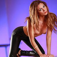 Simona - Discreet Anal Popping With Petite Hostesses
