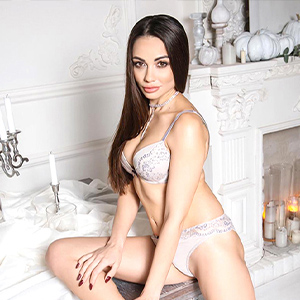 Yasmin - Hostesses in Oberhausen exhibited with Hot Strips in the Apartment